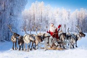 santa-and-reindeers
