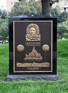 Grave_Marker_Matthew_Henson_Arlington_National_Cemetery